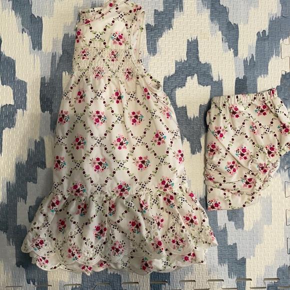 6-9 month dress & bloomer matching set!